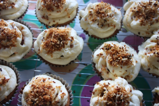 coconut mango cupcakes